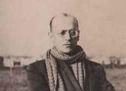 Jaume Grau Casas (Barcelona 1896- València 1950) – Secretari de l'Ajuntament de Sant Quintí (1931-39), activista d'Esquerra i esperantista